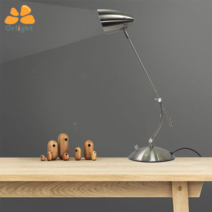 High Quality New Design Flexible Hotel Iron Desk Lamp Classic Led Light Table