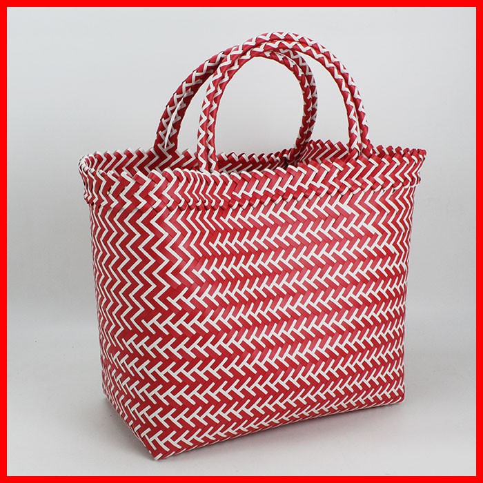 Melissa & Doug Double Handle East-West Octopus Beach Tote Bag with Mesh Panels.5% Off W/ REDcard · Same Day Store Pick-Up · 15% off Cyber Monday · Expect More. Pay Less.