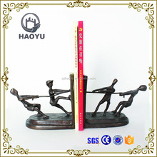 Home Decoration Art And Handicrafts Cast Iron Kids Playing Tug Of War Bookend