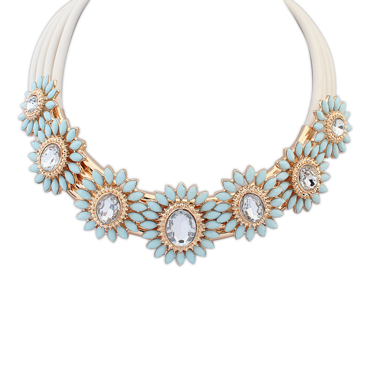 online shop bold necklace jewelry