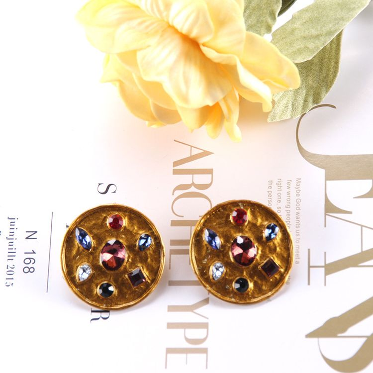Hot Sell Earring 2019 Round Rhinestone Alloy Gold Plating Stud Earring