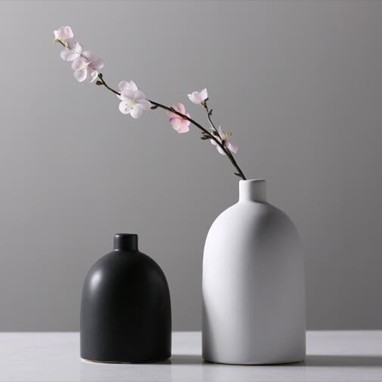 Home decoration simple design black and white ceramic flower vase