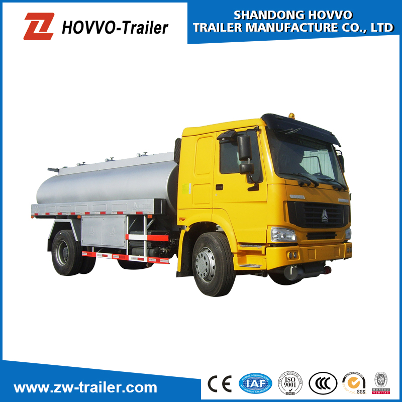 Sinotruck howo 10000 litros cami n de agua 12000 litros for Water salida trasera