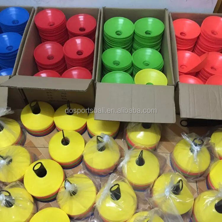 Competitive Price Plastic Football football field marking cones фото