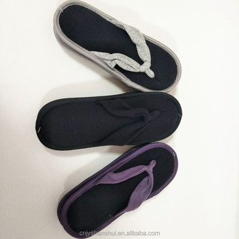 0e52d62193b9 2017 latest plastic product women men autumn winter flip flops slippers