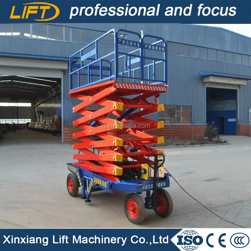 Mobile scissor platform lift table for cleaning windows