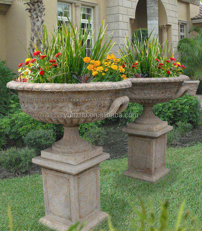 Met de hand snijden grote oude stenen bloempotten en vazen - Tipos de jardineras ...