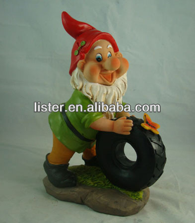garden gnome of polyresin garden gnome paint