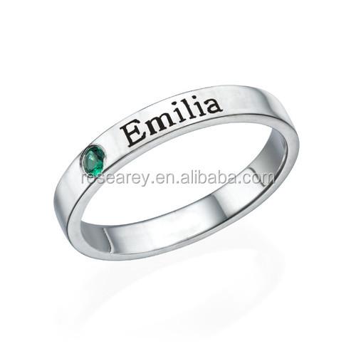 7097e2e5273e Personalizado de acero inoxidable declaración anillo nombre madre birthstone  anillo