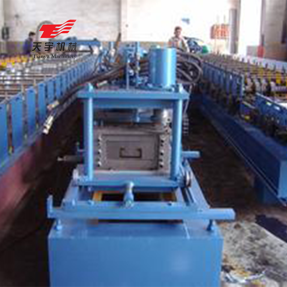 Full automatic c lip channel purlin roll forming machine for roof making