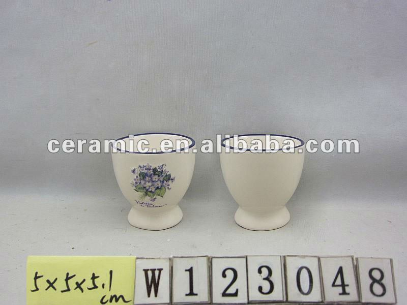 Cute Ceramic Egg Cup with Flower Design
