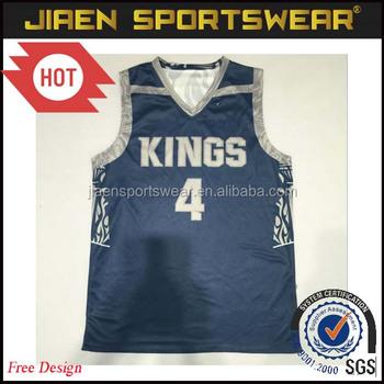 Mais recente projeto uniformes de camuflagem reversível camisa de basquete  juvenil Luz Cinza e Preto uniformes 30868ced5a484