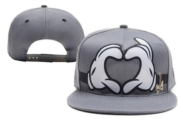 Get Quotations · Donald Duck Snapback hats Hater Snapback Caps Adjustable  Hat HIP HOP Snapback hat baseball caps 502f51d6e611