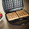 S106B Ningbo Tianzuo household sandwich maker personalized mini waffle maker