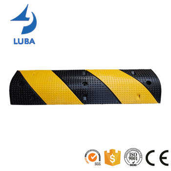 Roadway Safety 1000mm Durable Rubber Speed Bump