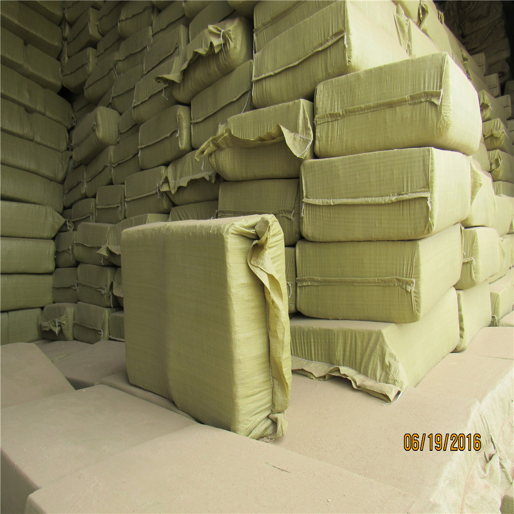 mushroom cultivation used white material made to corncob granule compressed block