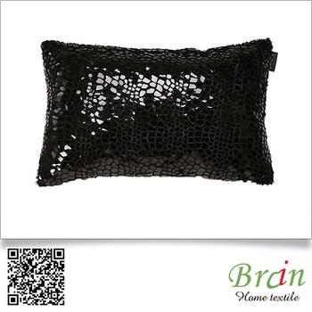 Diffen New Design Embossed Film Velvet Black Color Lumbar Decorative Sofa Throw Pillow