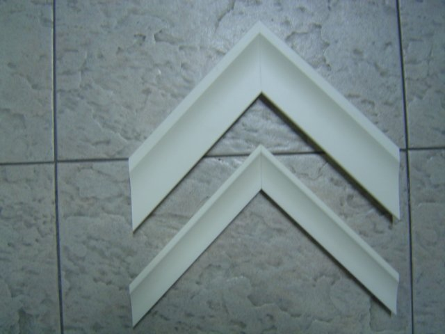 wooden picture frame moulding