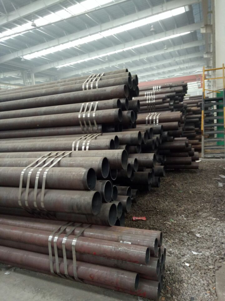 ST52 Hot Rolled Square Seamless Steel Pipe