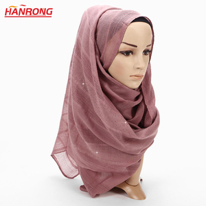 India Women Hot Drilling Hollow Out Plaid Cotton Blended Muslim Head Scarf Hijab Wholesale