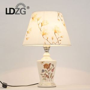 Most Selling Products Usb Connection Table Lamp With Low Price