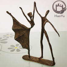 casting bronze dancing couple sculpture for home decoration