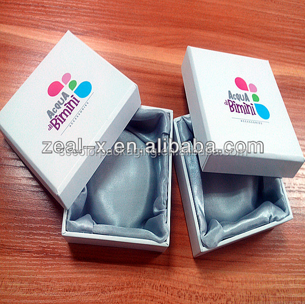 Golden Alibaba Aupplier Smooth Satin Cloth Inner Custom Printed Paper Packaging Small Gift Box