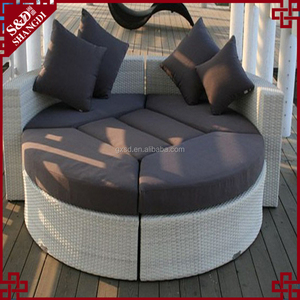S.D hot sale Outdoor furniture rattan sun lounger sound sofa bed