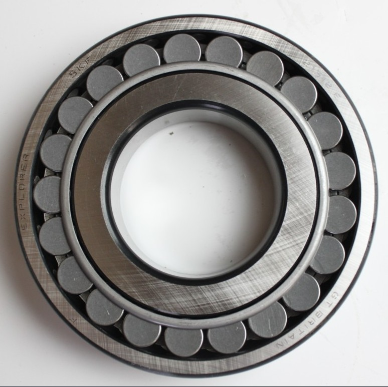 gold supplier of Spherical roller bearing 23126CA/W33 china factory