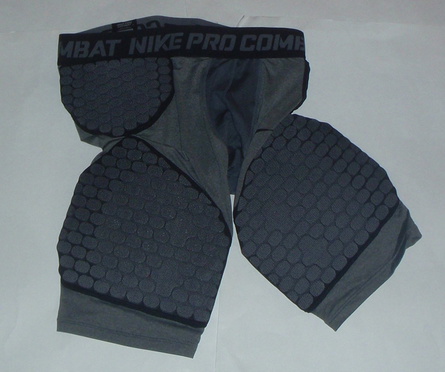 NIKE Pro Combat Dri-Fit Compression 5 Pads Hyperstrong Football Pants