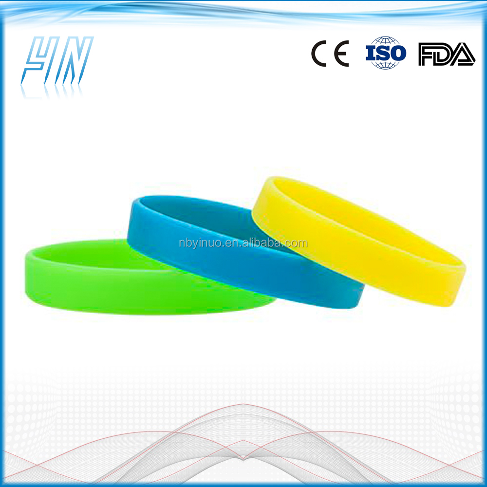 YN-9000S-2 Hot sell customized glow in the dark silicone wristbands for events , glow wristband with custom logo