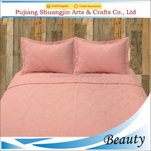 High quality manufacture pink color 100% cotton embroidery bedding set queen comforter