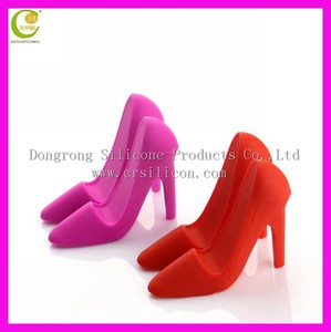 Manufacture many different funny styles phone holders,cute mini shape high heeled shoes silicone cell phone stand