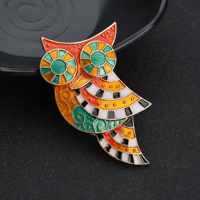 China wholesale newest rhinestone owl animal brooch  suit brooch christmas gift