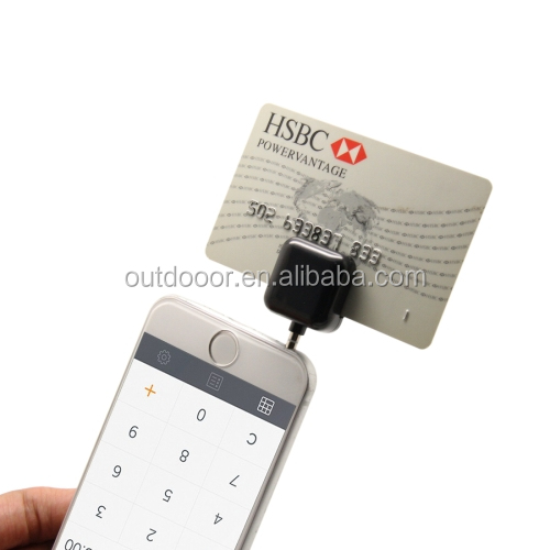 Wholesale 3.5mm Headphone Jack Mini portable Magnetic Mobile Credit Card Reader Works Support for Apple iOS 8.0 and Android