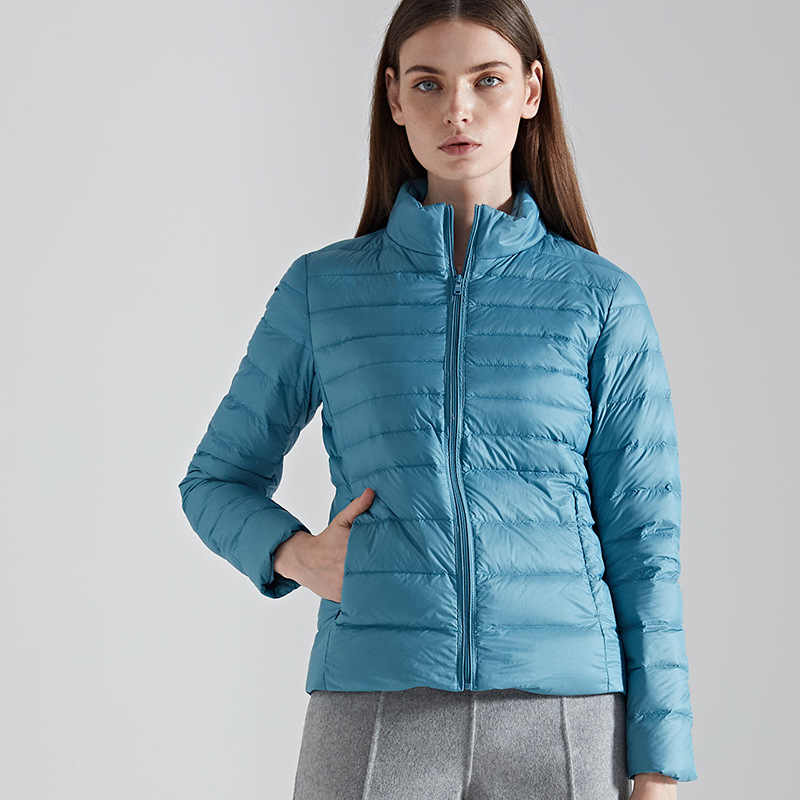 Manufacture low price custom logo printing Women Down Jacket Ultralight 90% down 10% feather down coat for women, Customized