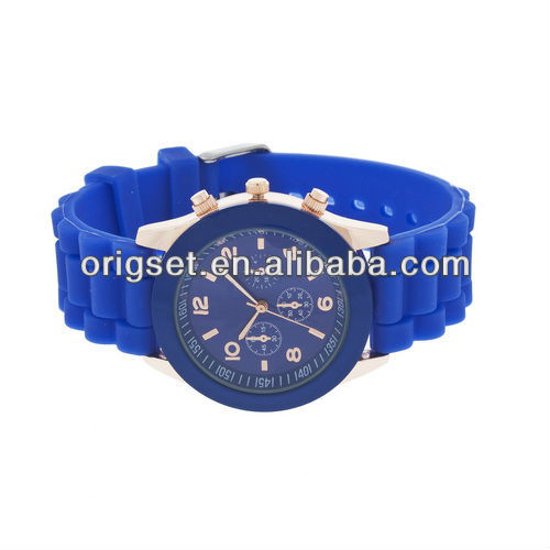 Classical 12 Colors Silicone Men Lady Sport Watch Promotion