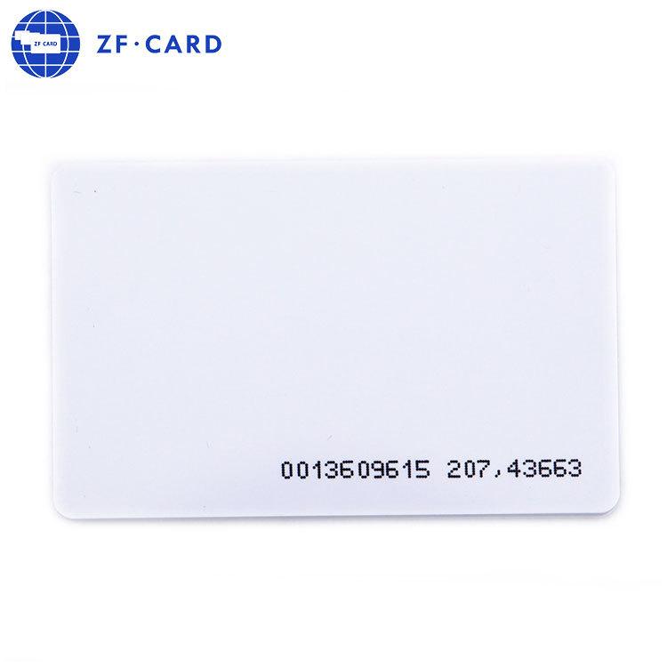 Glänzend fertige weiße T5577 Karte