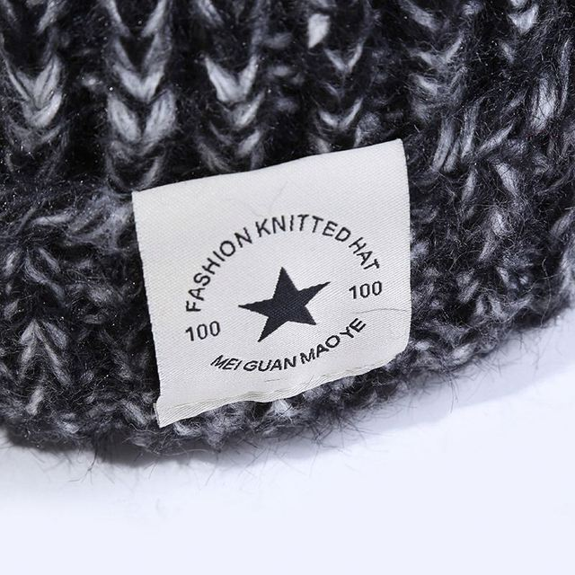 d1f3df5b40bf2 Leather Patch logo winter knit beanie hat adult 100% acrylic Fabric knit  minion beanie hats