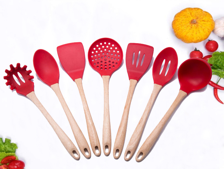 Wholesale Custom Logo Wooden Kitchen Silicone Cooking Utensils 7 Pc Red