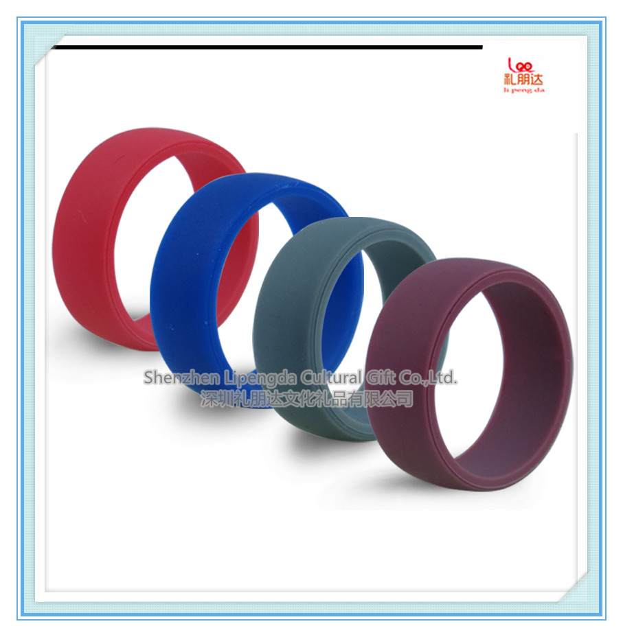 Custom Embossed silicone rings men Silicone Rubber Wedding Rings