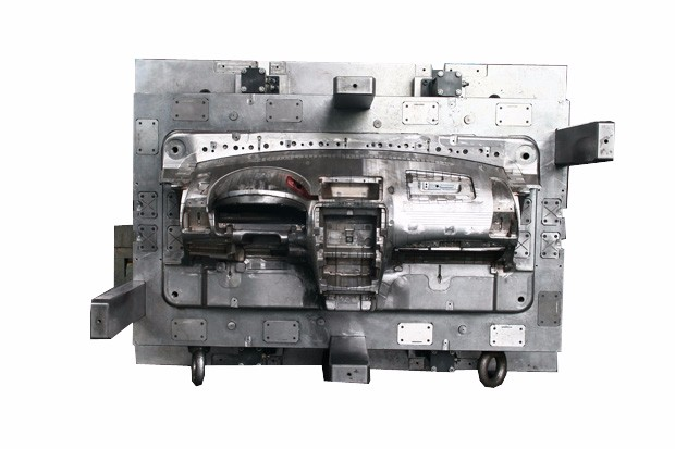 Injection Plastic Mould Car Lamp Molding