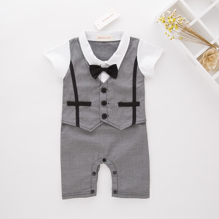College Style Designe Baby Clothes Carters Sale