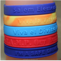Wristband silicone embossed the high quality bracelet and professional wristband with custom logo 2016