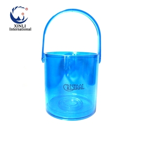 2018 Trending Products Square Champagne Wine Beer Plastic Ice Bucket With  Lid