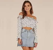 X84306B Zomer dots print vrouw shirts <span class=keywords><strong>nieuwe</strong></span> mode een schouder dames crop top blouses <span class=keywords><strong>model</strong></span>