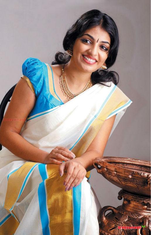 Kerala sexy saree