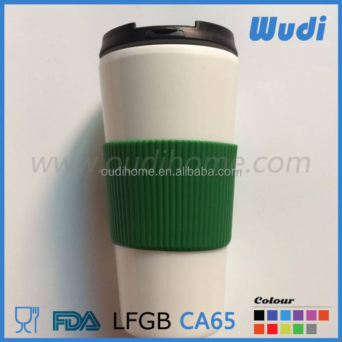 double wall plastic mug with silicone ring on middle