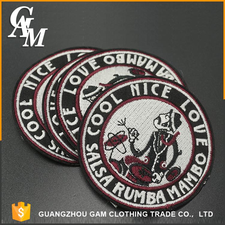 2017 Fashion custom embroidery label , wholesale brands clothing 3d embroidery patch for jeans
