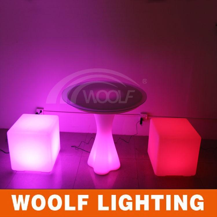 Leuchten Led Würfel Tische Und Stühlebeleuchtete Außen Led Würfel Buy Beleuchtete Außen Led Würfel,Led Möbel Led Tisch Stühle,Dmx Led Cube Product